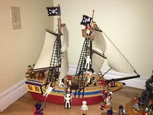Large Playmobil pirate ship, skull island, plus, plus!