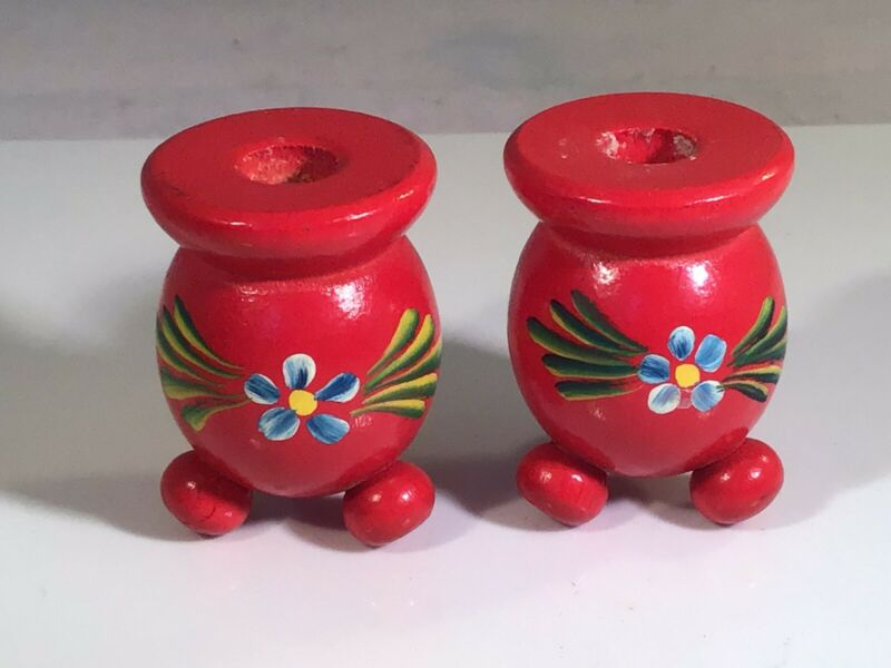"2 Small 1-7/8"" H SWEDISH RED WOOD BALL Candle Holders Hand Painted Daisy SWEDEN"