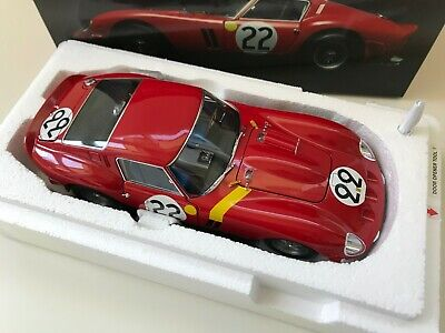 Kyosho 1:18 1962 Red Ferrari 250 GTO LeMans #22