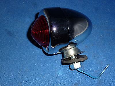 Allis Chalmers 12-volt Bullet Style Tail Light