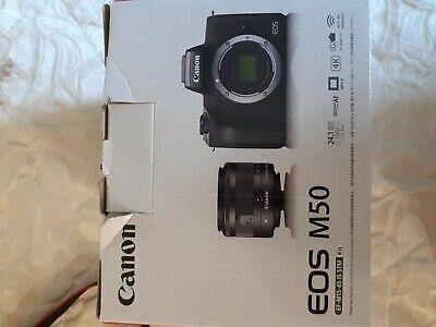Canon eos m50 usata con obbiettivo kit 15/45 piu obbiettivo grandangolo 11/22mm