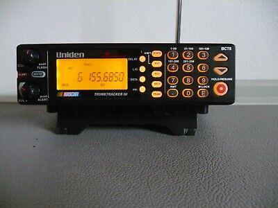 Uniden Bearcat BCT8 250 CHANNEL 800 MHZ TRUNKTRACKER III Police Scanner W/STAND
