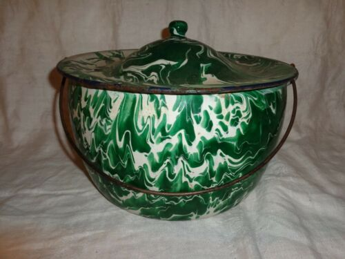 Vintage Green Swirl Graniteware Cooking Pot with Handle & Lid, Enamelware