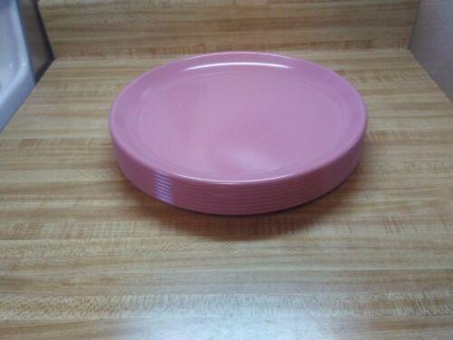 Rubbermaid dinner plates 3840