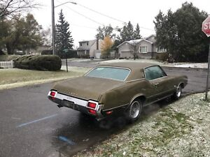 WANTED 1972 Oldsmobile cutlass parts