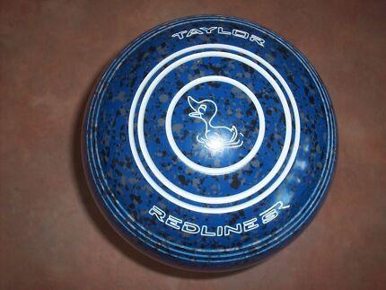 Taylor REDLINE SR Lawn Bowls Size 1H WB26 Plain Grip - AS NEW