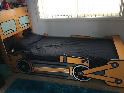 Kids single tractor bed