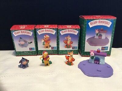 1999 Hallmark Merry Miniatures Disney WinnIe The Pooh Christmas minis ( I 2)