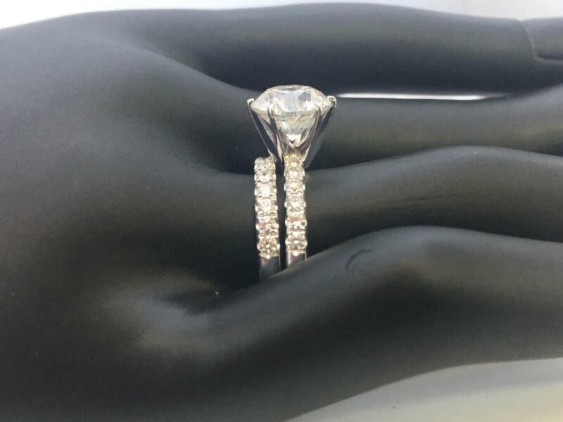 2.35 Carats Diamond Ring Band Set Estate 18 Karat White Gold Size 4.5 5 6 7 8