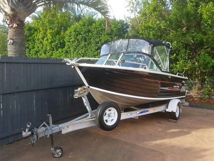 2008 QUINTREX 520 COAST RUNNER