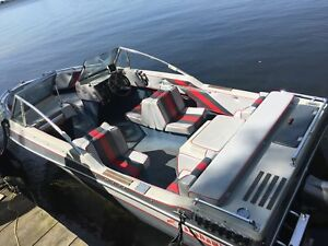 Excellent condition Oliver Stingray 17.5 Motorboat