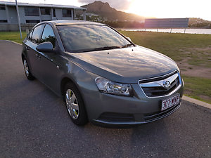 Holden Cruze 09 Auto VERY LOW KMS, GREAT RELIABLE CAR! North Ward Townsville City Preview