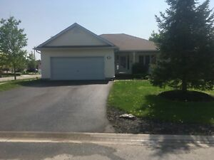 Fonthill bungalow 39 tanner dr