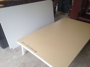 Laminated table Hampton Bayside Area Preview