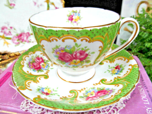 COLLINGWOODS tea cup and saucer Chelsea rose pink rose teacup  England  1950s