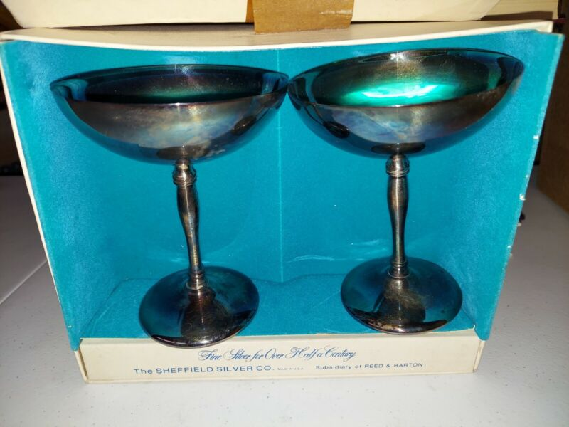 •2 Sheffield Silver Company Goblets Silverplate Cups Champagne Glasses Coupe USA