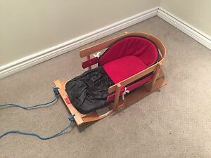 Sleigh for small child or infant