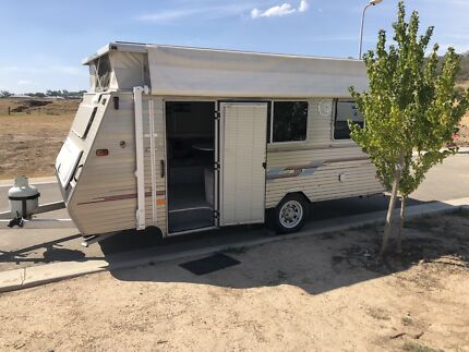 1999 coromal pop top caravan Wodonga Wodonga Area Preview