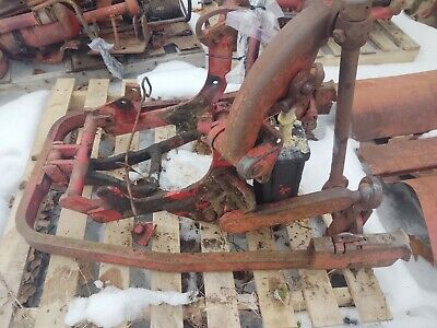 Farmall 300 Fast Hitch Assembly Complete With Cylinder And Bracketry
