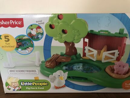 Fisher price little people pig pen and pond BNIB