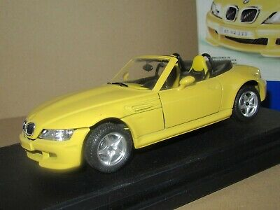 360O Burago Metal Kit 5549 Italy BMW Z3 M Roadster 1996 Yellow 1:24 +Box