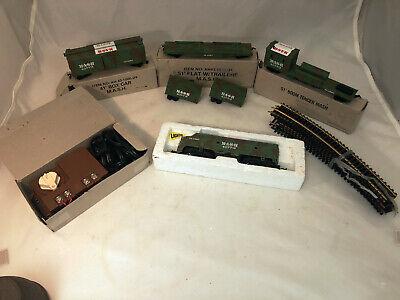 Vintage Bachmann MASH 4077 HO Train Set Engine, 3 Cars, Transformer & Track