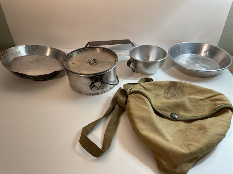 Vintage Official Boy Scouts of America BSA Official Mess Kit 1960's Cooking Kit