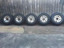 Toyota Hilux alloy wheels and tyres 31x10.50/R15 set of 5 genuine 4X4 Revesby Heights Bankstown Area Preview