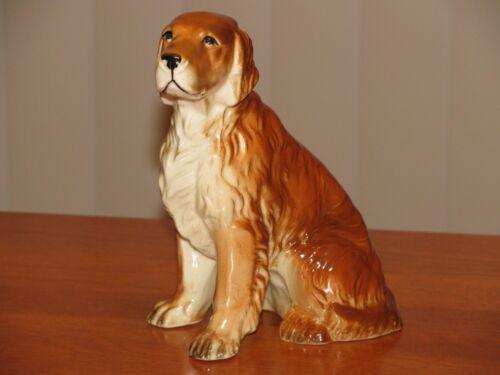 Golden Retriever Figurine Porcelain  Excellent Condition