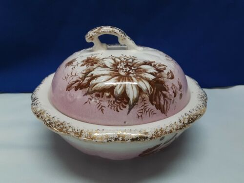 Antique Porcelain Covered Soap Dish With Stranier In Excellent Condition