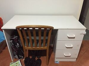 White desk Beechboro Swan Area Preview