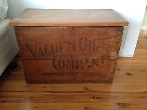 Wooden Storage Box / Vacuum oil company Curl Curl Manly Area Preview