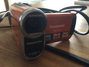 Panasonic SDR-SW21 camcorder orange