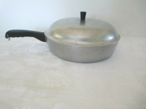 """CLUB CAST ALUMINUM HAMMERED 12"""" SKILLET FRY PAN W/ DOME LID"""