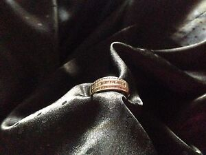 Gold and diamond ring Thornton Maitland Area Preview