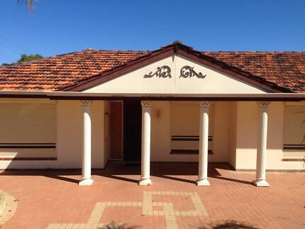 5 MINS TO BEACH | DOUBLE ROOMS FOR RENT IN SPEARWOOD