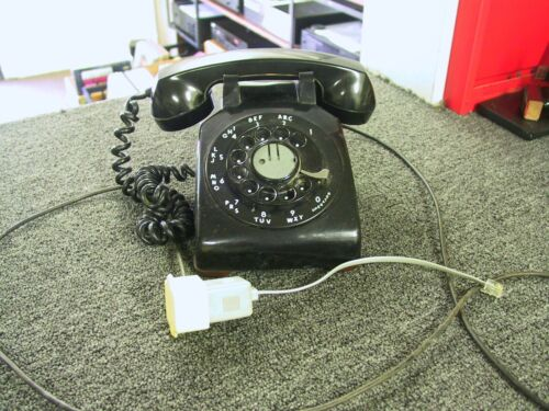 VINTAGE WESTERN ELECTRIC TELEPHONE, MODEL C/D 500, 9-62