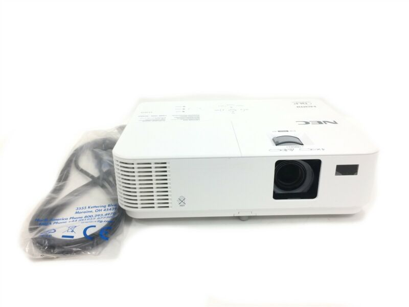 NEC VE303X 3D Ready XGA Projector 3000 Lumens With 2100 Lamp Hours