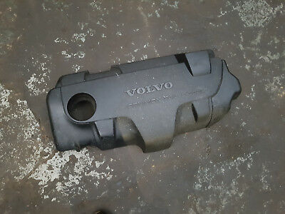Volvo XC90 2.4 D5 parts - ENGINE COVER WITH INSULATION
