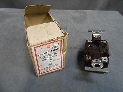 Unused Vintage Bryant 5433 Totally Enclosed Tumbler 3 Way Light Wall Switch 1