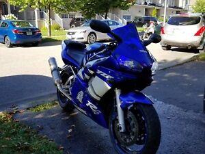 Yamaha R6 01'