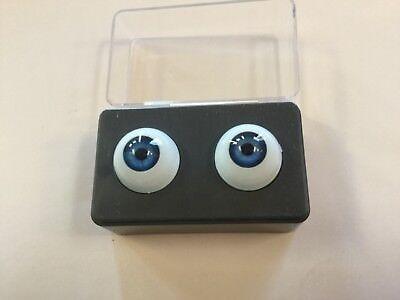 - 16mm Blue Glastic Realistic Acrylic Doll Eyes