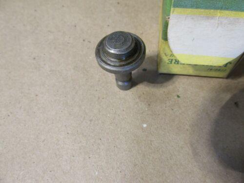 NOS JOHN DEERE f2232r relief valve