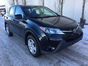 2014 Toyota RAV4 LE, 4cyl, AWD, auto, 2 sets of tires!
