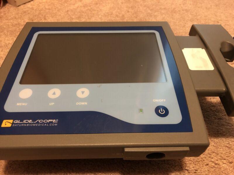 SATURN BIOMEDICAL SYSTEMS GLIDESCOPE PORTABLE LARYNGOSCOPE VIDEO MONITOR