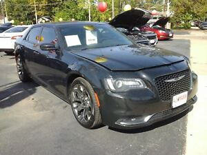 2015 CHRYSLER 300 S- SUNROOF, NAVIGATION SYSTEM, LEATHER HEATED