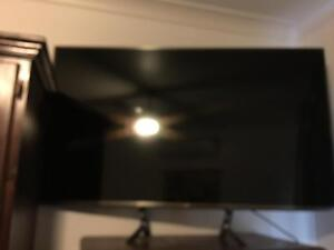 LG 60-inch Full HD 100Hz WebOS Smart 3D TV (60LB6500) all accessories Wauchope Port Macquarie City Preview