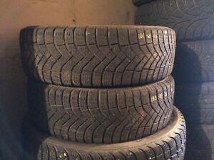 2x pneus hiver 185/65R15 Pirelli ice zéro