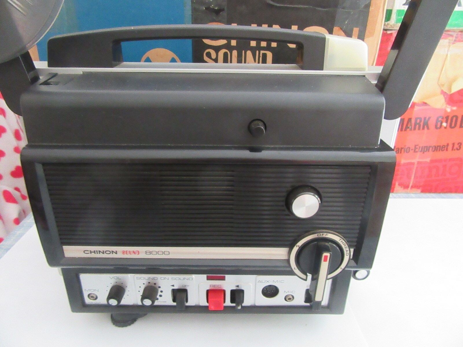 CHINNON 8000 SUPER 8  SOUND  PROJECTOR TESTED BOXED