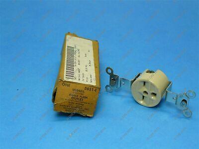 Hubbell 5651-1 Single Flush Ivory Outlet Nema 6-15r 2 Pole3 Wire 15a 250v New